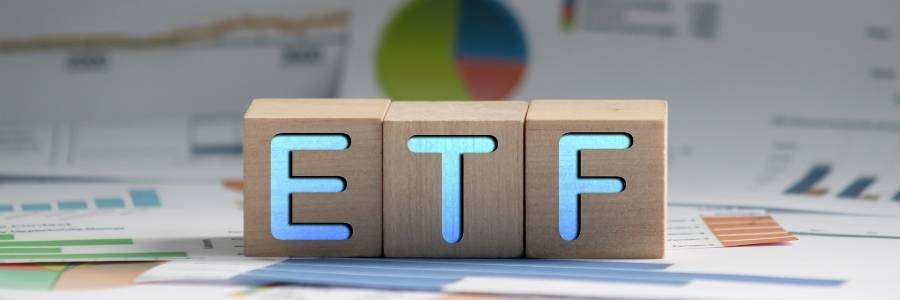 ETF vs. Index Fund: What's the difference, and which should you choose?